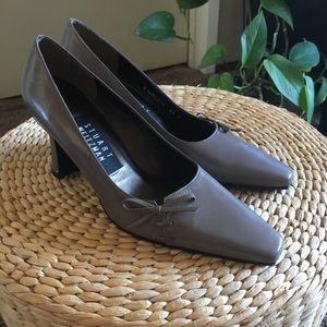 Stuart Weizman Gray Leather Square Toe Kitten Heel